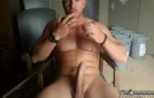 Horny bear stroking on cam