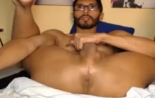 Bearded amateur playing with himself on camera